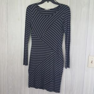 Mystree Dresses - Cute Gray and Black Bodycon long sleeve dress sz S
